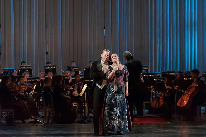 Саратовский театр оперы и балета подготовил праздничный концерт в честь женщин
